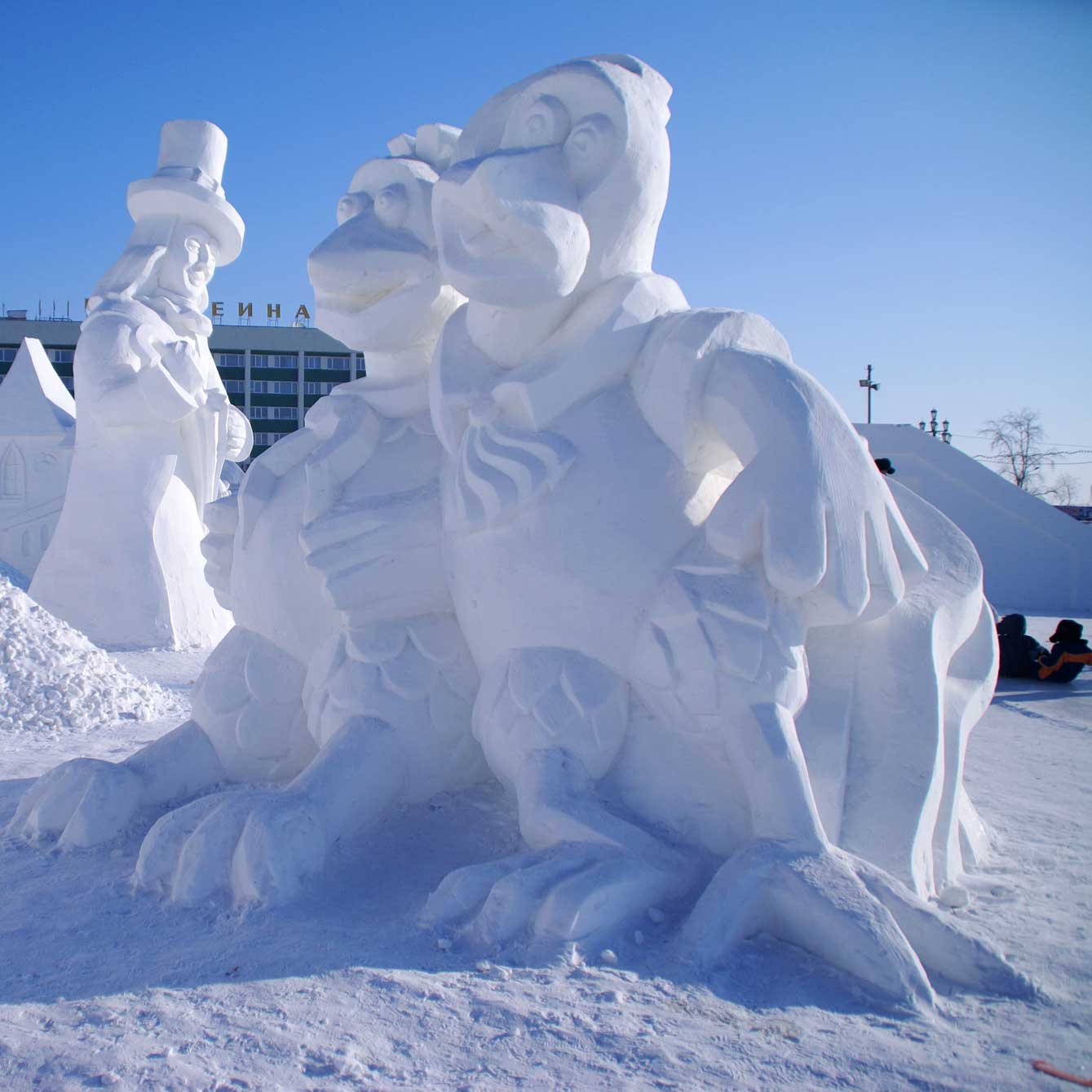 It's not too late to catch the Breckenridge Snow Sculpting Championships